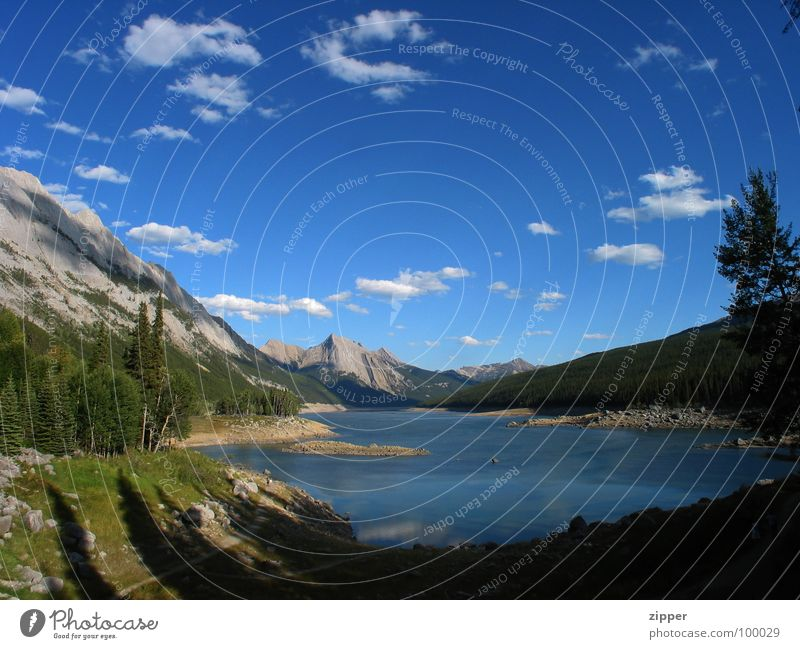 Medicine Lake Canada Vacation & Travel Panorama (View) Jasper Icefields Parkway Mountain Rocky Mountains Large