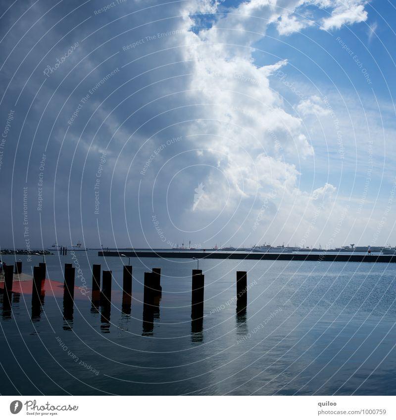 Sky Nature Vacation & Travel Blue White Landscape Black Dark Environment Emotions Gray Rain Fear Power Tourism Dangerous