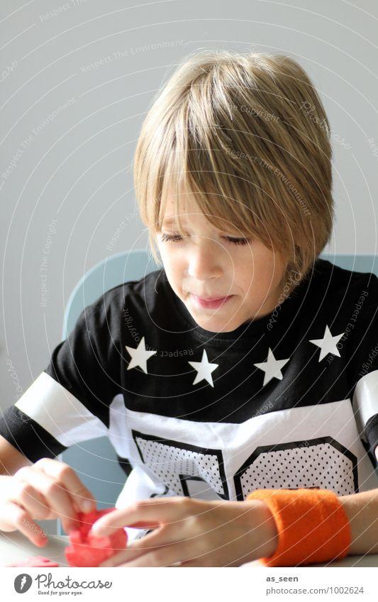 puzzle Boy (child) Infancy Life 8 - 13 years Child T-shirt sweatband Blonde Magic cube Puzzle Authentic Hip & trendy Curiosity Orange Red Black Caution Patient