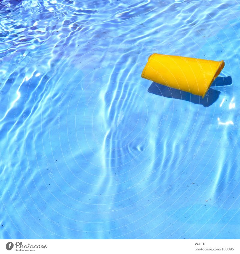 beach toy Yellow Mug Effervescent Cold Swimming pool Kiddy pool Vacation & Travel Summer Relaxation Current Dive Leisure and hobbies Beach Coast Blue Water