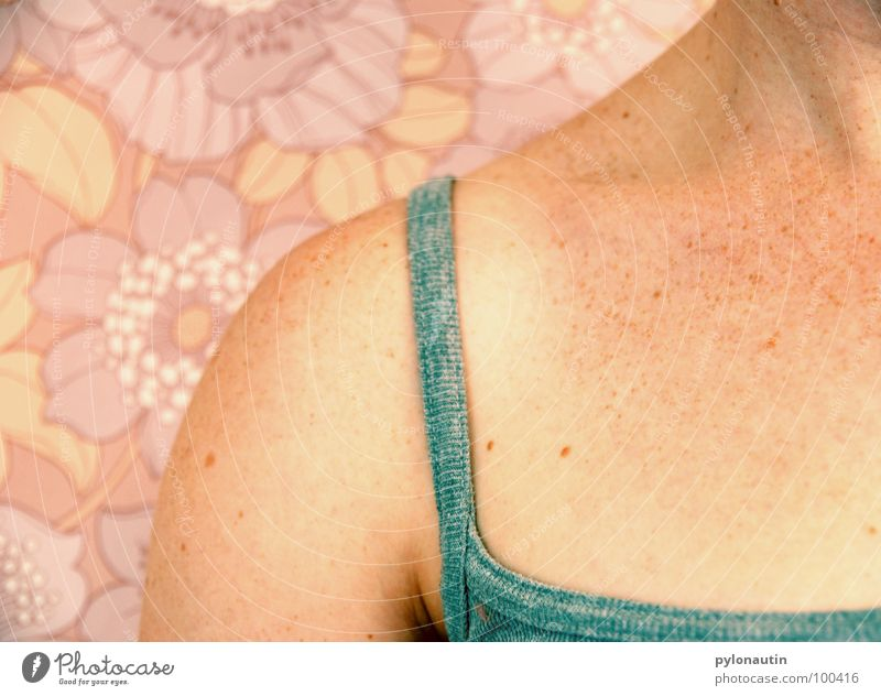 Woman Flower Body Arm Pink Skin Wallpaper Shoulder Freckles Seventies Carrier Pastel tone Slate blue
