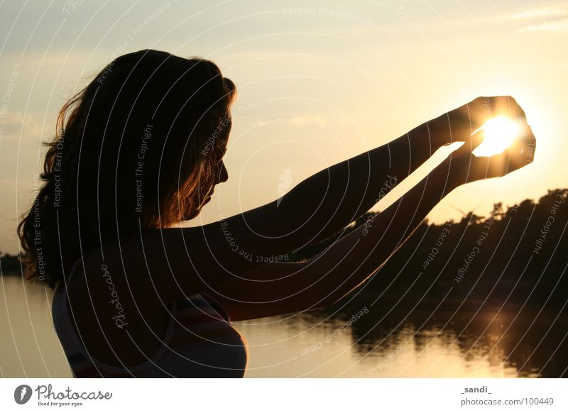 The glowing ball Sunset Lake Glow Reflection Leisure and hobbies Shadow Sphere