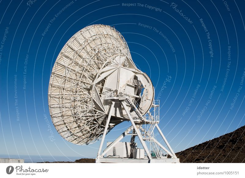 Is There Anybody Out There? Measuring instrument Antenna Science & Research Advancement Future High-tech Telecommunications Information Technology Industry Sky