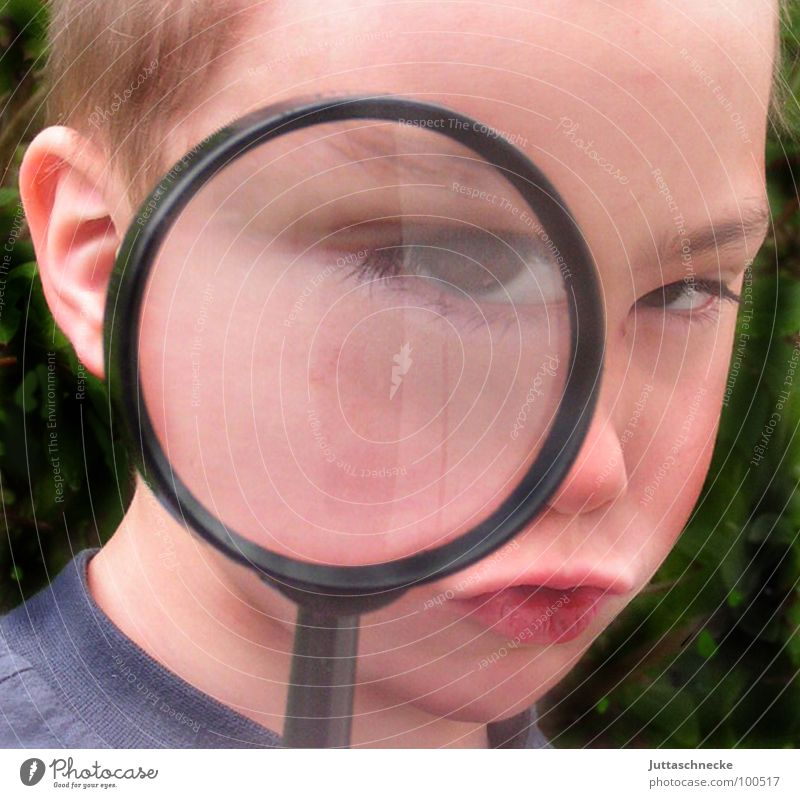 Sherlock Portrait photograph Boy (child) Child Enlarged Agent Magnifying glass Human being Juttas snail Detective detectives boy agents Informer boys Eyes eye