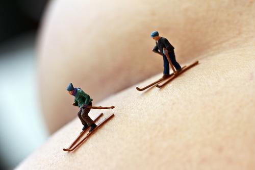 the last departure Human being Masculine Bottom 2 Winter Snow Sports Naked Feminine Yellow Gold Movement Tourism Skiing Downhill race Miniature Colour photo