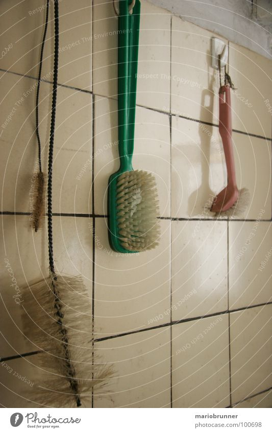 Old Green Kitchen Cleaning Tile Household Hang up Second-hand Brush Manual cooking appliances