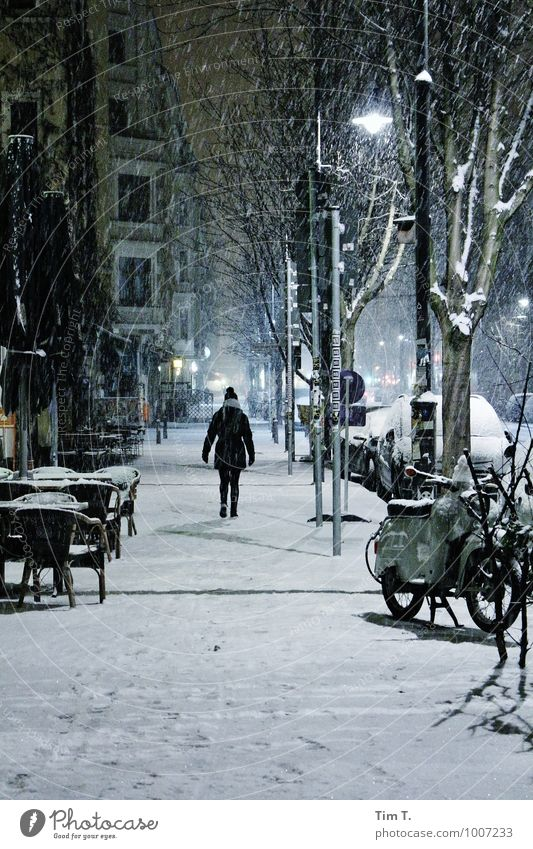 Winter Night Human being Feminine 1 18 - 30 years Youth (Young adults) Adults Snow Snowfall Berlin Capital city Old town Sadness Colour photo Exterior shot