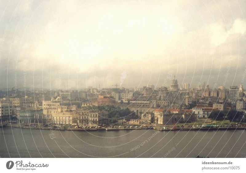 La Habana Havana Town Cuba Skyline Tall
