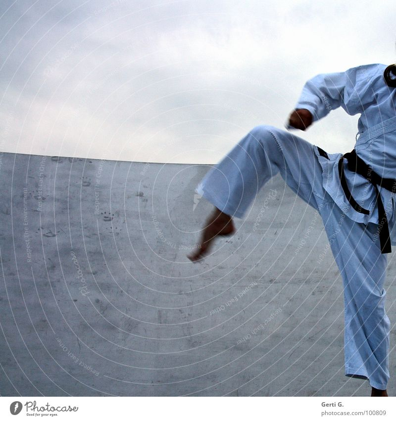 Karate Kid Martial arts Suit Karate dress Belt White Pants Jacket Blow Hand Strong Sports Coach Attack Footstep Clouds Bad weather Man Peace Flexible Harden