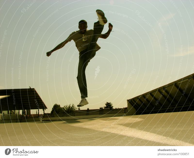Human being Man Sky Sports Jump Playing Movement Footwear Dance Roof Dynamics Guy Flexible Brazil Beige Parking garage