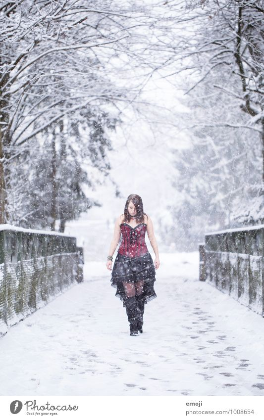 snow giants Feminine Young woman Youth (Young adults) 1 Human being 18 - 30 years Adults Environment Nature Winter Snow Snowfall Fashion Clothing Exceptional
