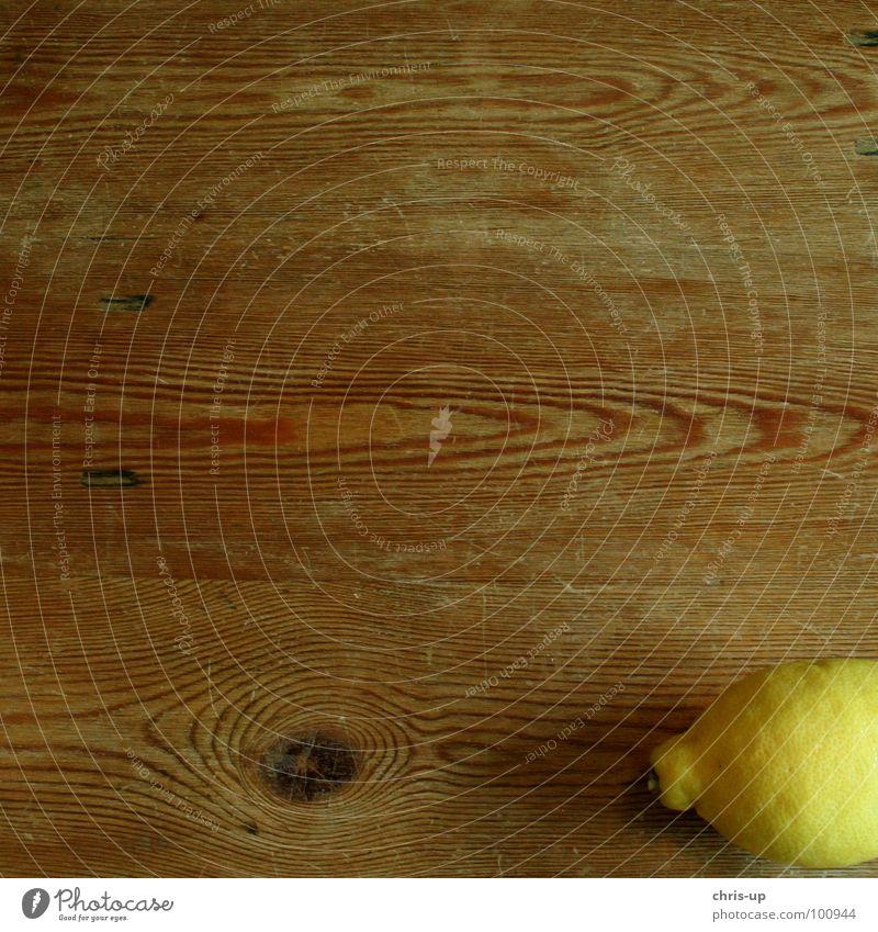 Sour makes fun 4 Lemon Lemon yellow Vitamin C Healthy Yellow Brown Table Wood Lemon juice Fruit flesh Citrus fruits Juice Nutrition Refreshment Cold drink