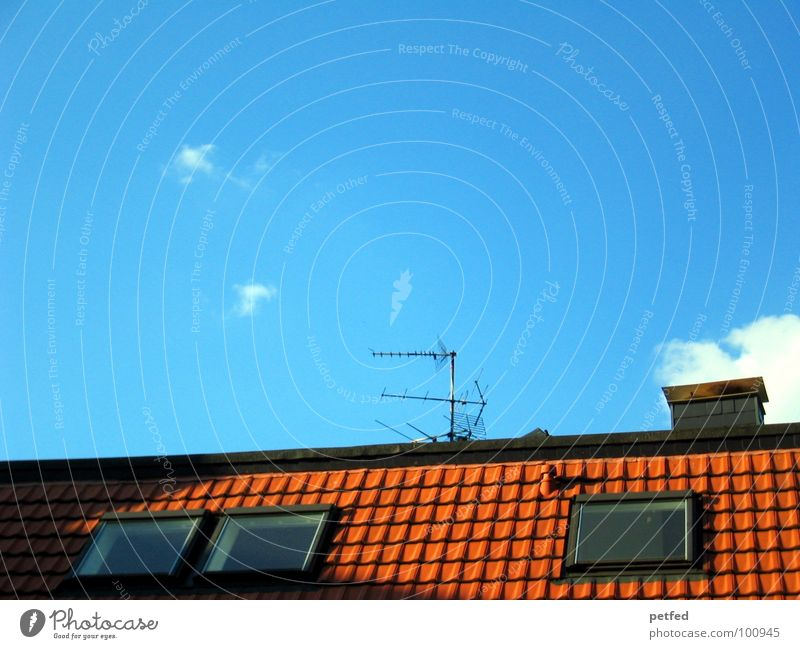 Over the roof the sky Roof Red Window 3 Antenna Clouds White Closing time Flat (apartment) House (Residential Structure) Leisure and hobbies Brick Sky Blue