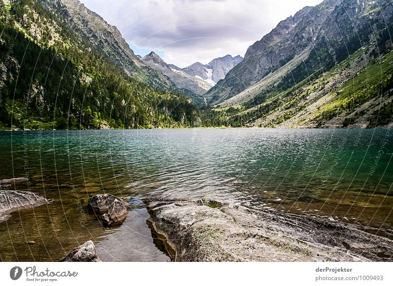 Lac de Gaube Leisure and hobbies Fishing (Angle) Vacation & Travel Tourism Trip Adventure Far-off places Freedom Mountain Hiking Environment Nature Landscape