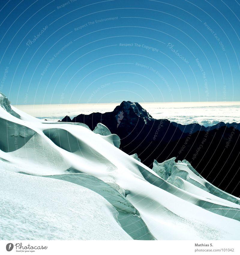 Bolivia II South America Silhouette Deep snow Hiking White Hill Snow Mountain Shadow Sky go on tour Climbing Blue