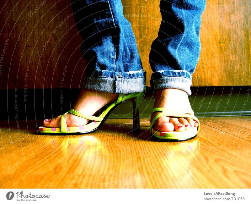 confident shoes Wood flour Kitchen feet legs anklet bare feet brown symmetry calf Calves bright sunlight sunshine heels toot
