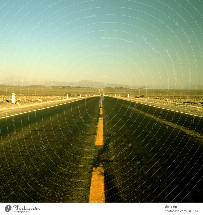 always following the nose Pan-American Highway Dessert Truck Long-haul truck driver Loneliness Watch tower Lookout tower Peru Right ahead Geoglyph Paracas