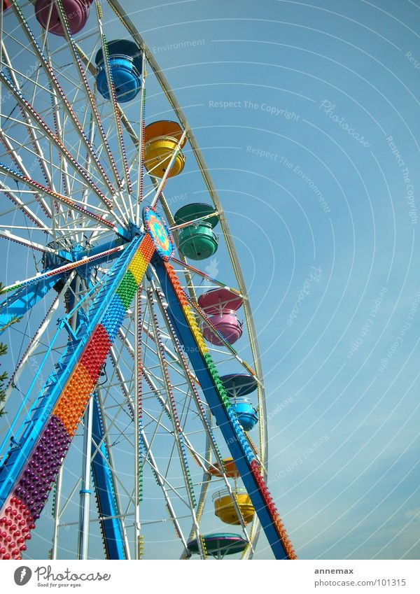 playland Ferris wheel Fairs & Carnivals Gaudy Multicoloured Playing Joy Transport small fair Life Sky