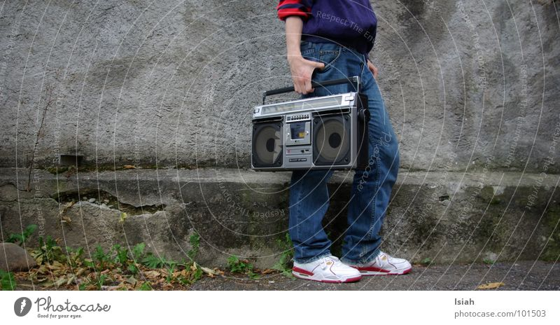 Dark Cold Music Concert Suitcase Carrying Hip-hop Old-school Recitative Ghetto blaster