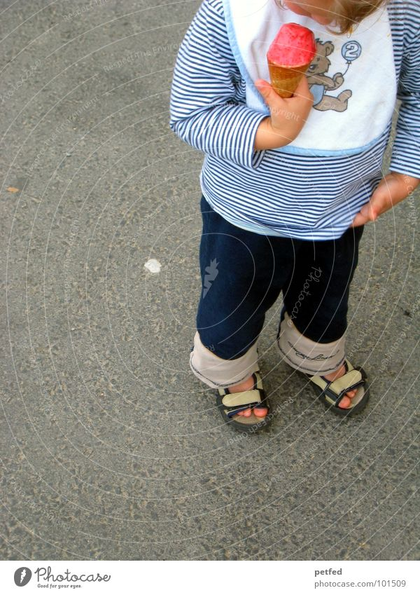 Human being Child Hand White Blue Red Nutrition Street Cold Gray Feet Ice Footwear Eating Walking Stand
