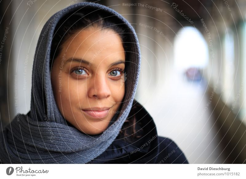 eye contact Feminine Young woman Youth (Young adults) Life Face 1 Human being 18 - 30 years Adults Headscarf Blue Brown Yellow Gray White Emotions Contentment
