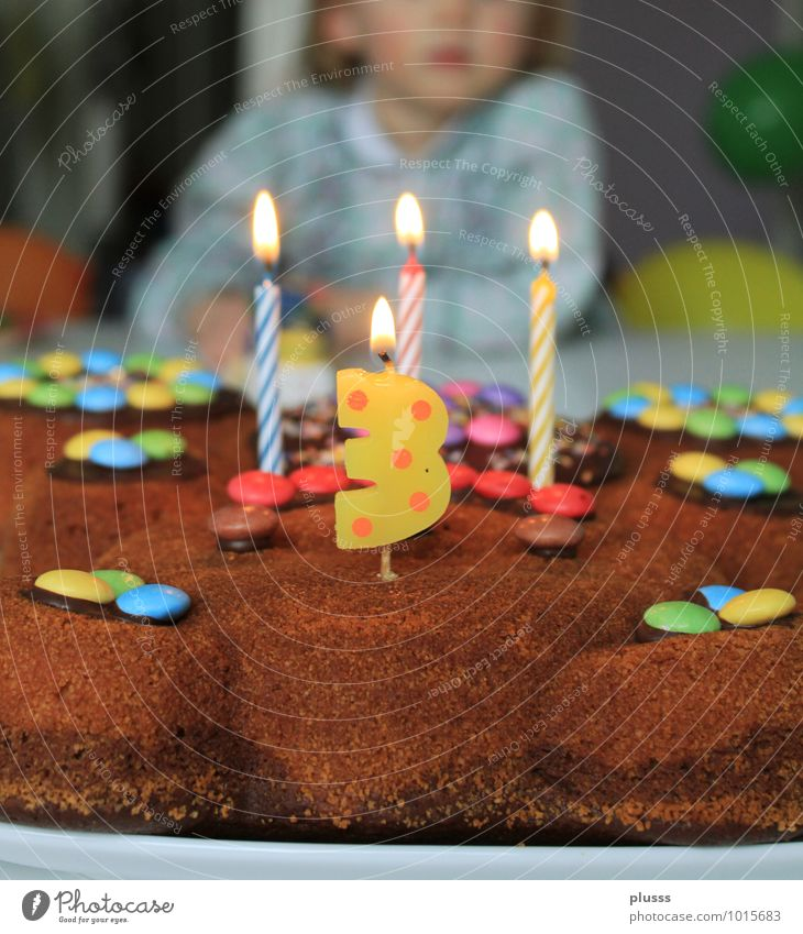 Happy Birthday Chocolate Party Feasts & Celebrations Child Girl Infancy 1 Human being 1 - 3 years Toddler Happiness Anticipation Birthday cake Cake