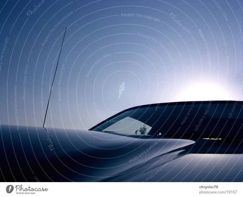 hood horizon Reflection Horizon Photographic technology Sky Blue Window pane Car