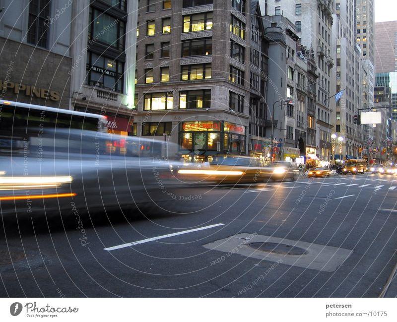 5th Avenue Traffic New York City Transport Rush hour Twilight Blur Movement