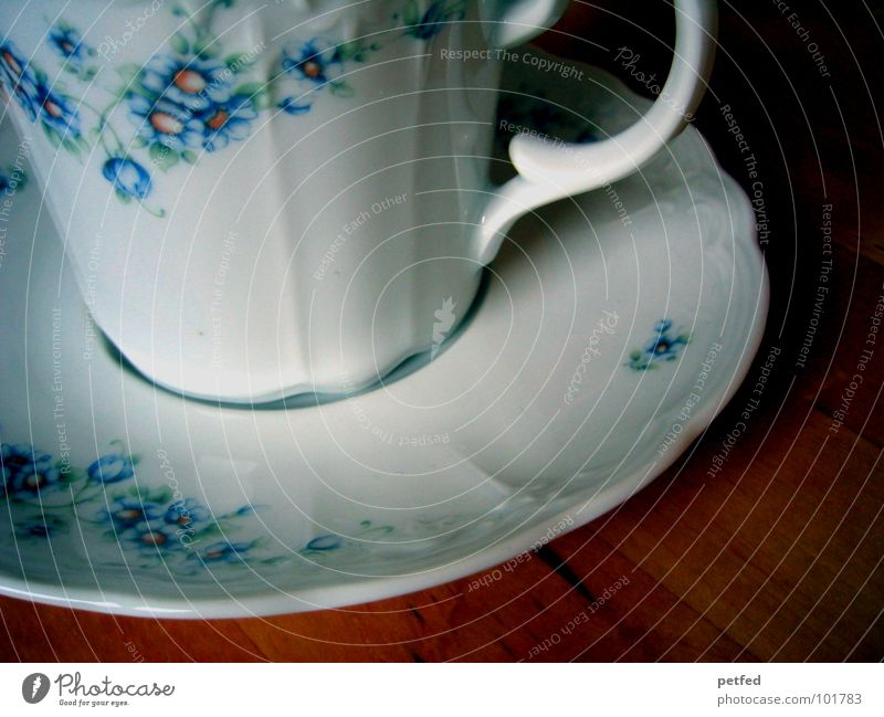 Old Blue White Flower Wood Flat (apartment) Leisure and hobbies Nutrition Empty Table Coffee Crockery Tea Cup Baked goods Alcohol-fueled