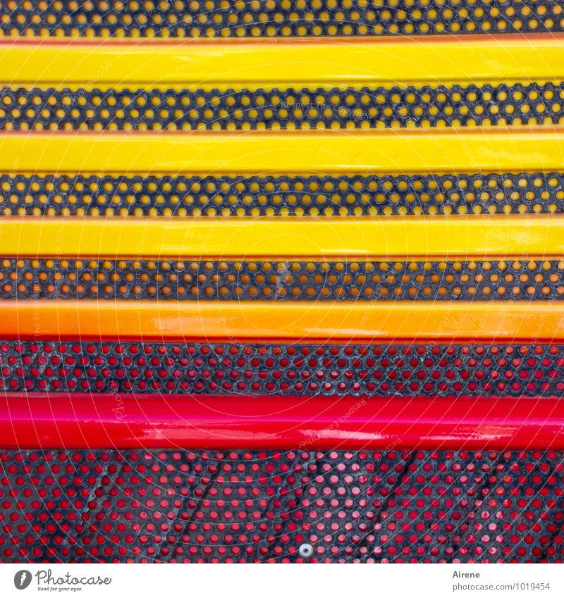 partial spectrum Vehicle Car Truck Car Hood Radiator  grille Metal Sign Ornament Line Stripe Point Spotted Grid hole pattern Happiness Fresh Uniqueness Yellow