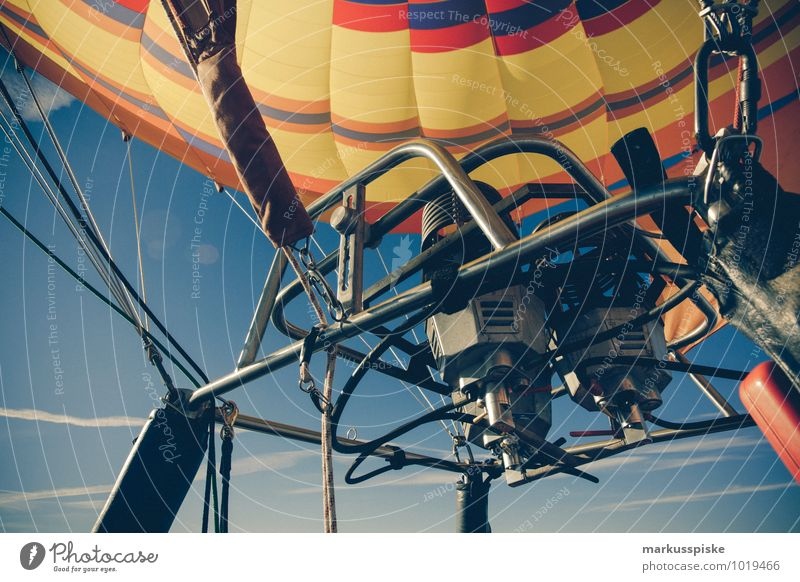 hot air balloon Leisure and hobbies Vacation & Travel Tourism Trip Adventure Far-off places Freedom Sightseeing Expedition Winter vacation Mountain