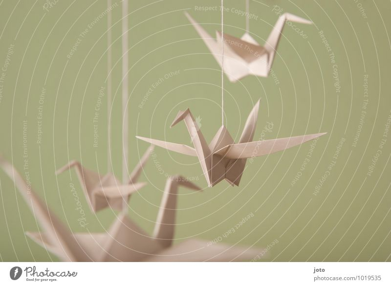mobilé Design Baptism Animal Bird 4 Flying Hang Free Maritime Modern Serene Calm Contentment Relaxation Infancy Ease Sustainability Origami Hover Paper