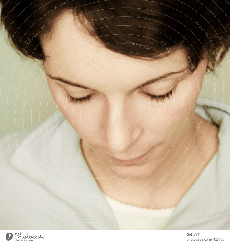 thoughtful Go under Cool-headed Think Thought Pensive Profound Portrait photograph Woman Delicate hollowed betty Snapshot