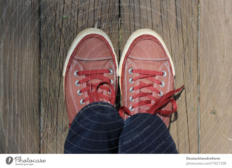 Blue Red Calm Wood Brown Fashion Lifestyle Contentment Authentic Footwear Clothing Cool (slang) Youth culture Cloth Serene Hip & trendy