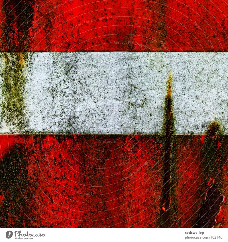 Old White Red Dirty Transport Communicate Rust Signage Parking lot Symbols and metaphors Algae Street sign Scratched