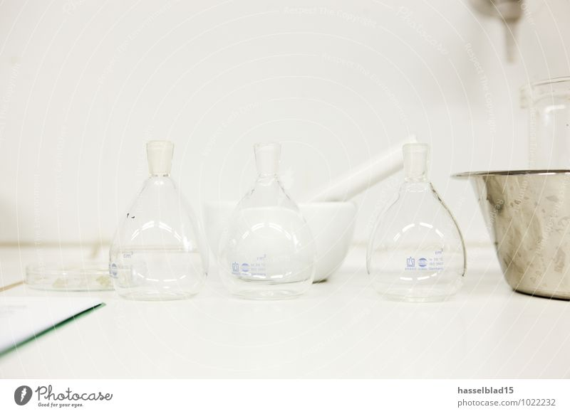bottled Intoxicant Medication Clean Chemistry Laboratory Chemical Industry Sample Smashing pot Glass Glass vessels Lessons 3 Things Study or Survey Investigate