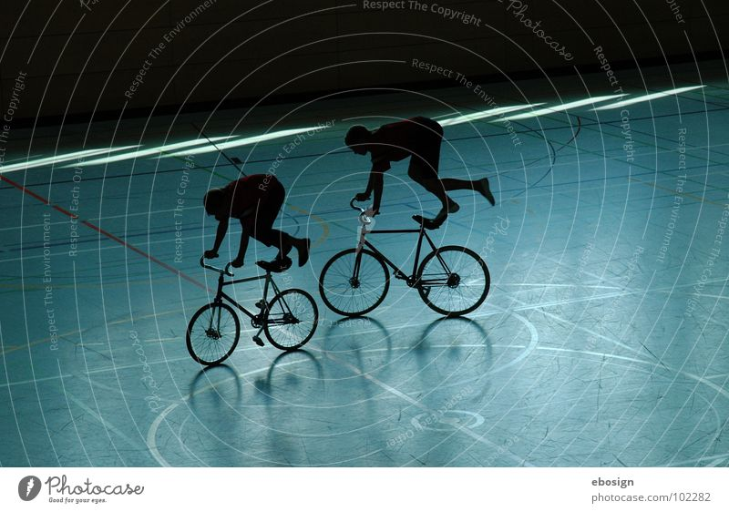 Blue Colour Sports Playing Movement Couple Contentment Bicycle Together Lighting Circle In pairs Driving Leisure and hobbies Concentrate Athletic