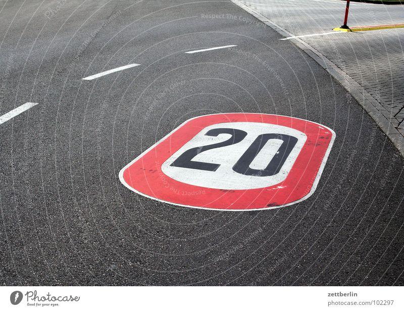 20 Jubilee Dashed line Asphalt 8 Traffic infrastructure Curve Street Lanes & trails