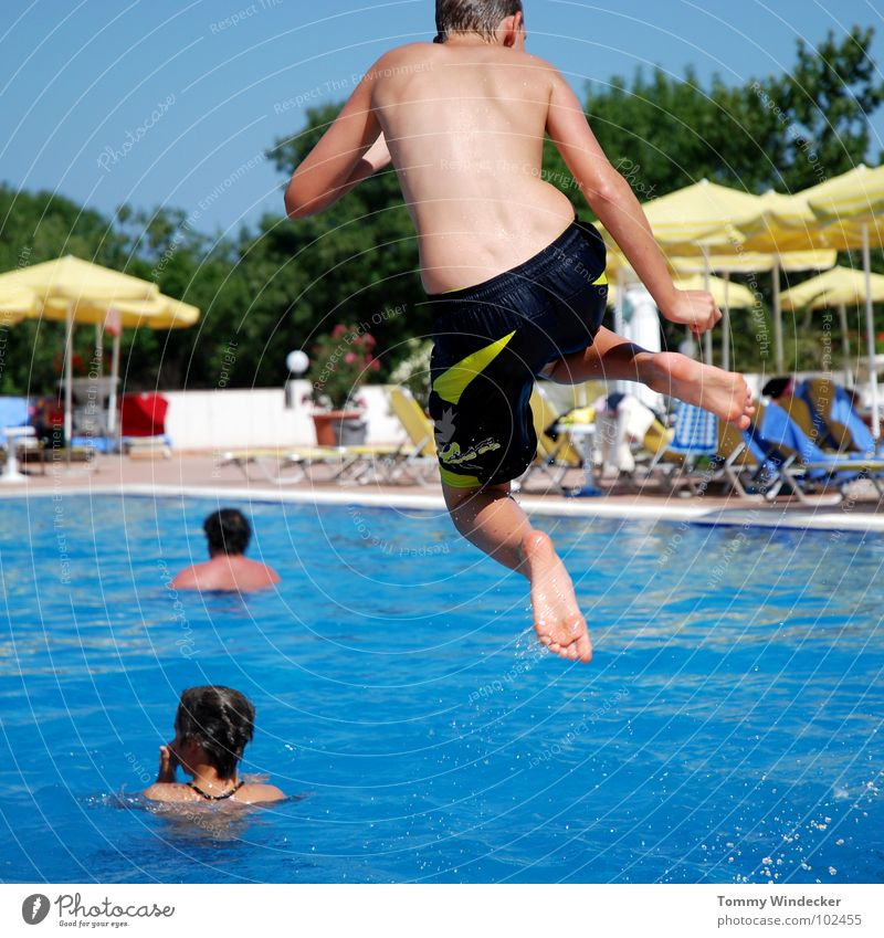 Child Sky Youth (Young adults) Blue Water Vacation & Travel Summer Beach Joy Relaxation Cold Warmth Playing Boy (child) Jump Legs