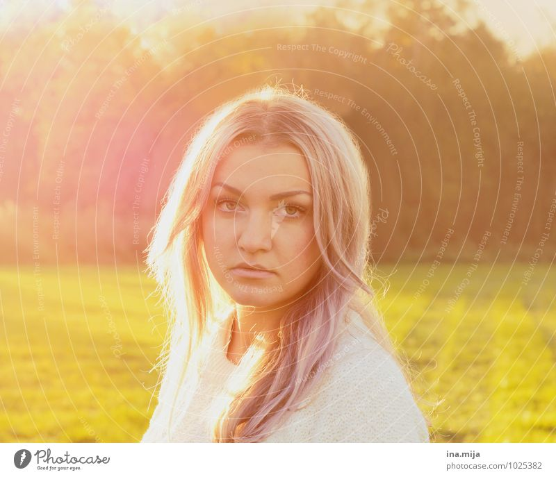 last rays of sunshine Human being Feminine Young woman Youth (Young adults) Woman Adults 1 18 - 30 years Environment Nature Sun Sunrise Sunset Sunlight Spring