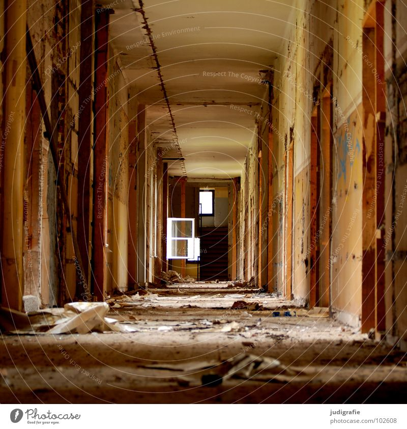 500 | Possibilities Building House (Residential Structure) Entrance Hallway Light Plaster Possible Window Sanitarium Ruin Derelict Broken Sanatorium Oppressive