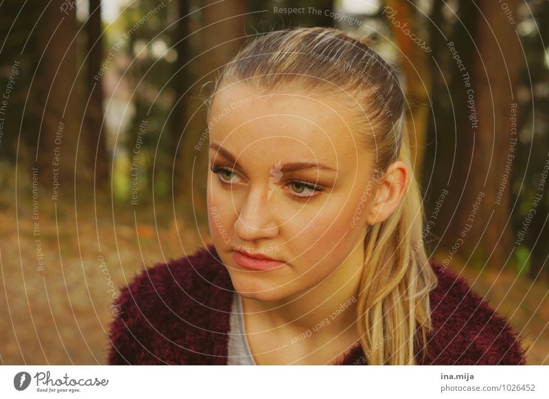 young woman in the woods Human being Feminine Young woman Youth (Young adults) Woman Adults Face 1 18 - 30 years Hair and hairstyles Blonde Long-haired Braids