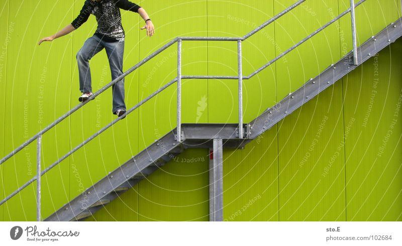 reckless Wall (building) Green Dangerous Rod Distress Jump Stand Hoppegarten Posture Shadow Bracelet Pattern Smoothness Middle Fear Green undertone
