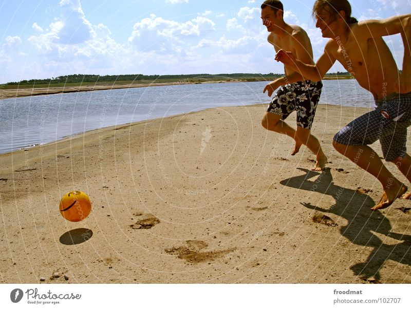 plastic ball Action Germany Summer Joy Beach Physics Hot Playing Smiley Ball sports Sports Light heartedness Alert Happiness Man Long-haired Clouds froodmat