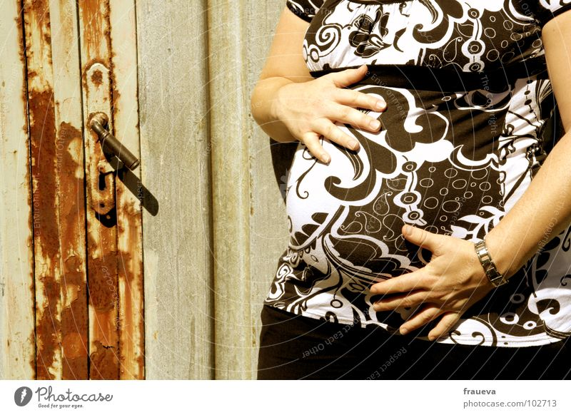 Woman Human being Joy Love Feminine Lie Mother T-shirt Delicate Friendliness Touch Gate Rust Pregnant Stomach Smooth