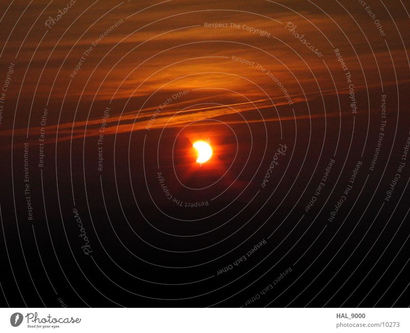 Solar eclipse_4 Dawn Moon Sky