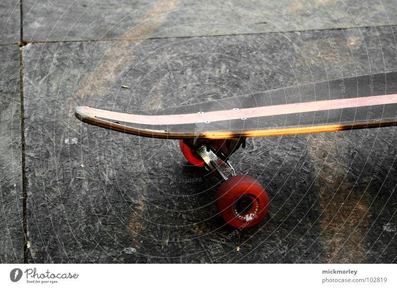 Beautiful Red Loneliness Street Sports Playing Wait Floor covering Stripe Skateboarding Skateboard Trick Axle