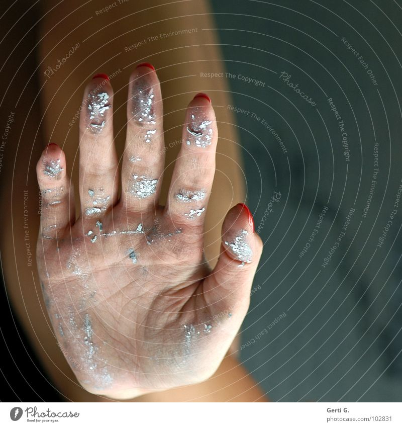 Woman Colour Hand Emotions Gray Line Dirty Skin Fingers Wrinkles 5 Silver Rachis Applause Fingernail Beat