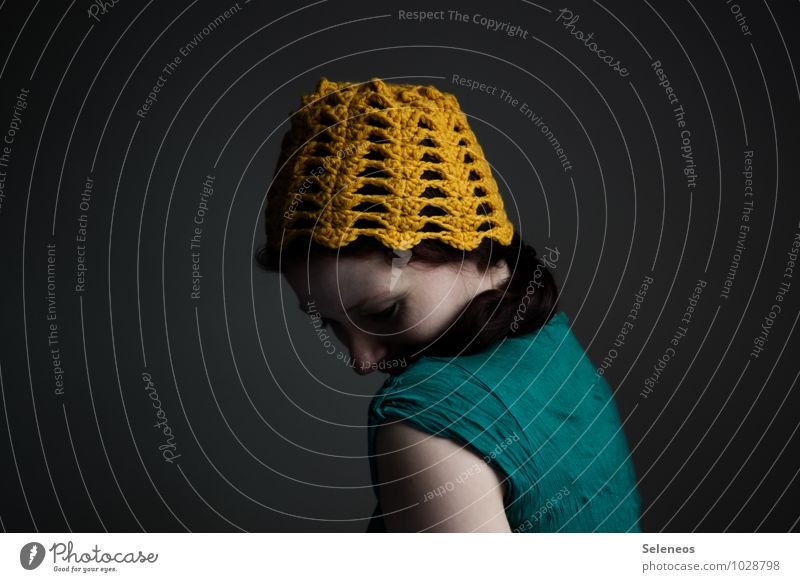 yolk head Handcrafts Knit Human being Feminine Woman Adults Head Hair and hairstyles Face 1 Cap Yellow Crochet Wool Woolen hat Colour photo Interior shot