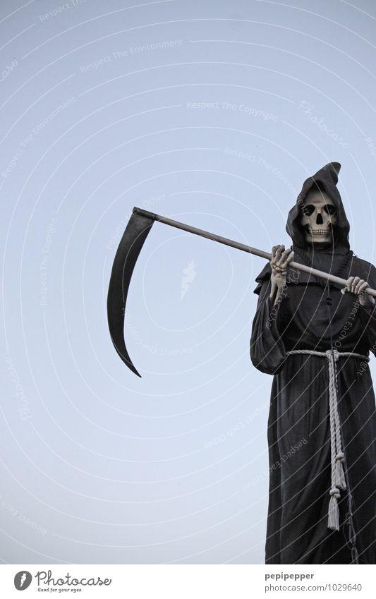 SENSENMANN Carnival Hallowe'en Scythe Masculine Androgynous Body Head Face 1 Human being Cloudless sky Monk's habit Mask Threat Death Day Figure cladding